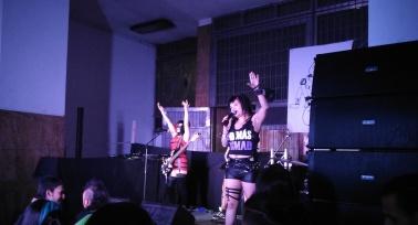 """Presentación de Sin Pudor, como ellas se demoninan: """"Una banda de punk thrash feministas."""" (Instagram: https://www.instagram.com/sinpudor_impudikas/)"""